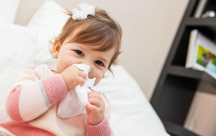 Bebeklerde burun tıkanıklığı nedenleri